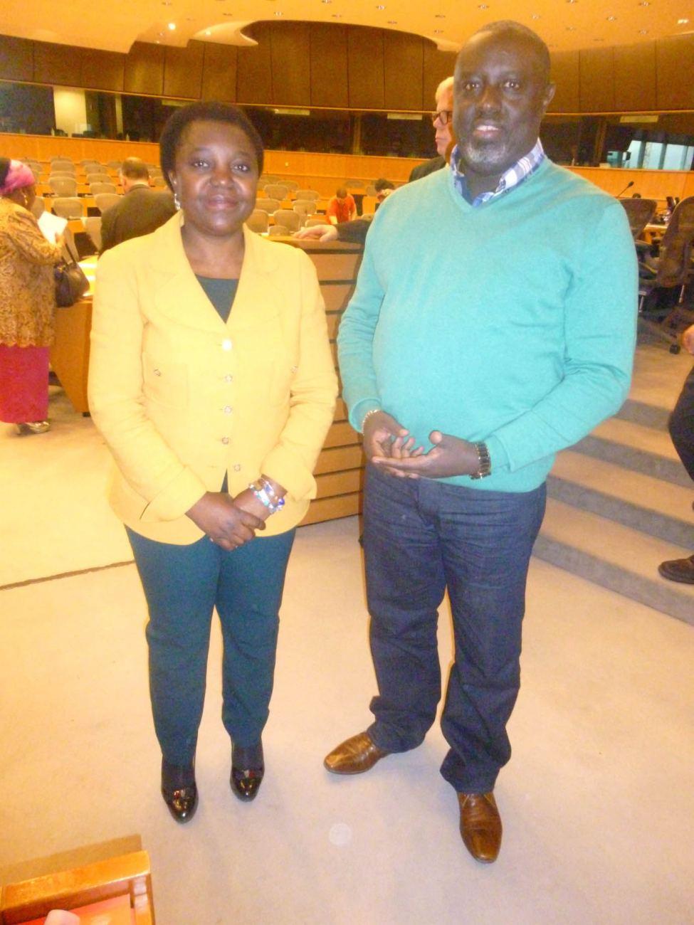 Cécile Kyenge avec Antoine Kaburahe