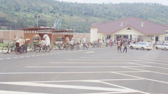 Au poste frontalier de Ruhwa