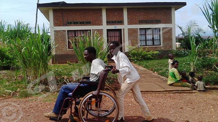 Accès à l'emploi : les personnes handicapées haussent le ton