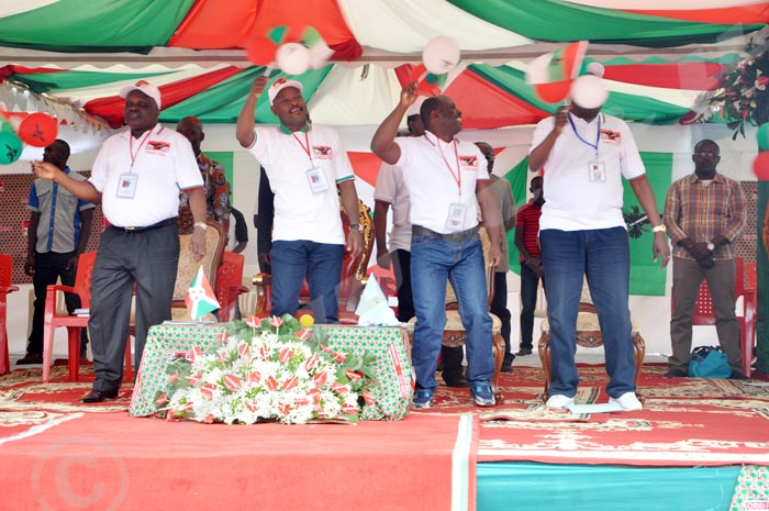 Les tenors du parti