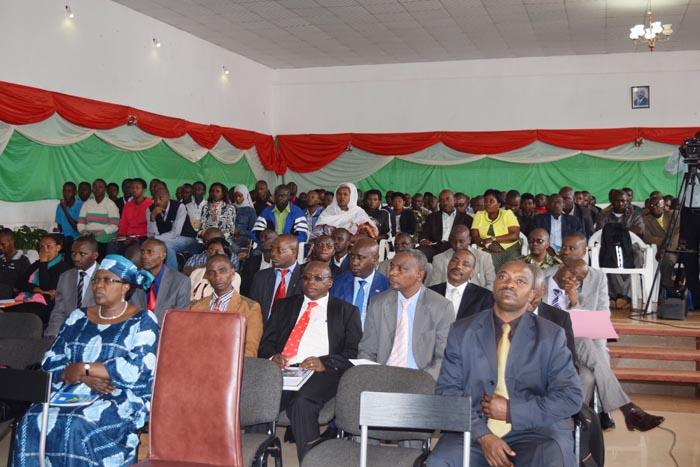 Différentes autorités et la population de Kayanza ont participé à la journée mondiale de la contraception.