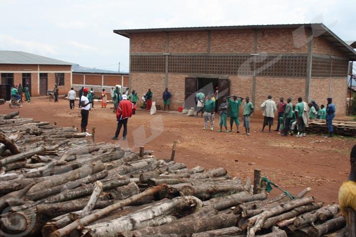 Cour extérieure de la prison de Ngozi.