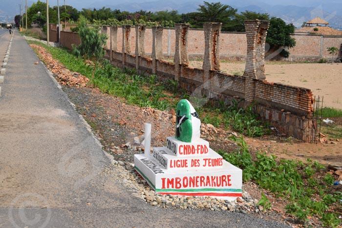 Sur la route Bujumbura-Gatumba, ces constructions se comptent par dizaines