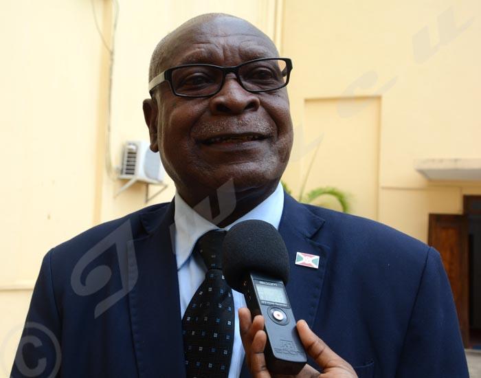 Philippe Nzobonariba : «Les actes de déstabilisation observés au Burundi relèvent de la responsabilité de Pacifique Nininahazwe et son équipe.»