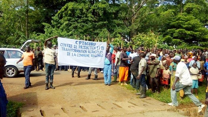 Samedi, le jour où le personnel de la société Rugofarm a été chassé.