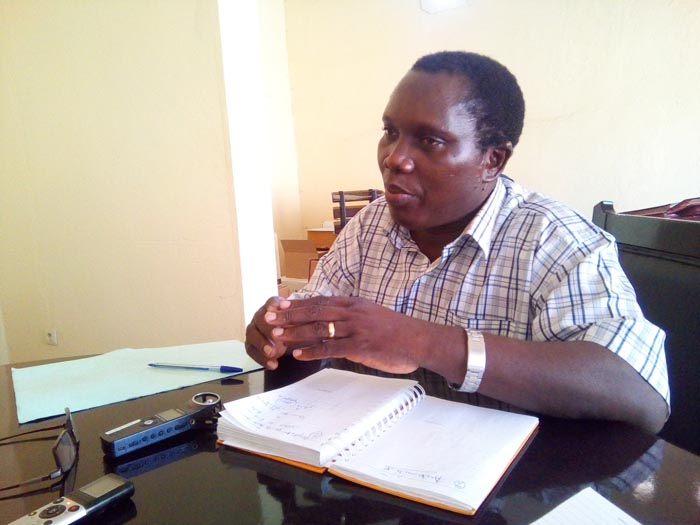 Emmanuel Bamenyekanye, directeur de la pharmacie, du médicament et des laboratoires