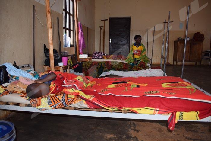 Certains malades de la malaria à l'hôpital de Gitega n'ont pas de moustiquaire
