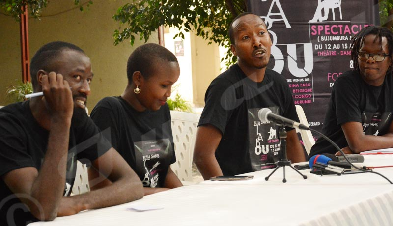 ''Buja Sans Tabou'', 3ème édition, quand le théâtre s'invite au bar