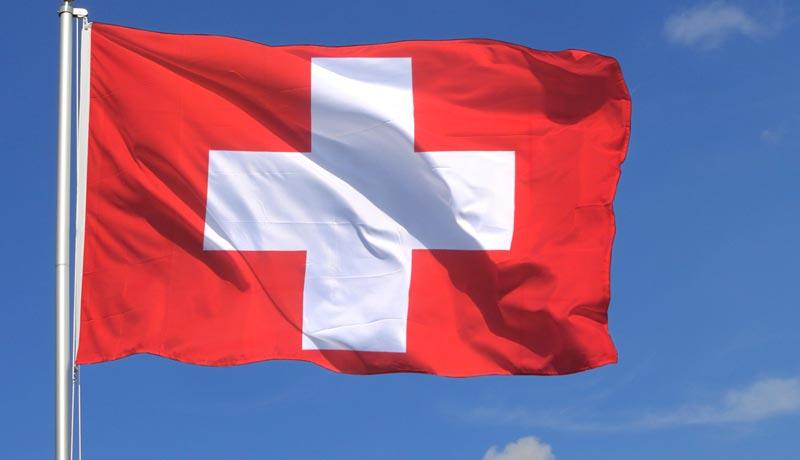 Référendum constitutionnel : la Suisse inquiète
