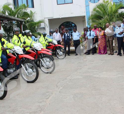 Vendredi, 2 novembre 2018 - Le commissariat général des migrations reçoit un don d'une valeur de 186 millions de francs burundais de la part du HCR Burundi. 7 motos de marques Honda font partie du lot ©Onesphore Nibigira/Iwacu
