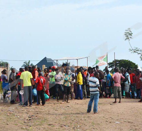 Mercredi, 16 janvier 2019 - Au port de Rumonge, des Burundais partent vers la RDC à la recherche du travail ©Rénovat Ndabashinze/Iwacu