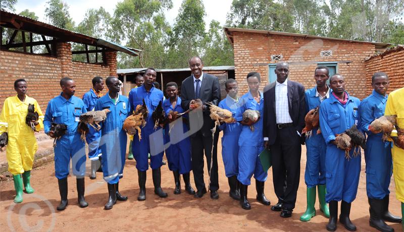 Base-Jeunesse à la rescousse des jeunes chômeurs