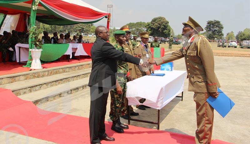 ESCEM : 28  lauréats certifiés dans le commandement et l'Etat-Major