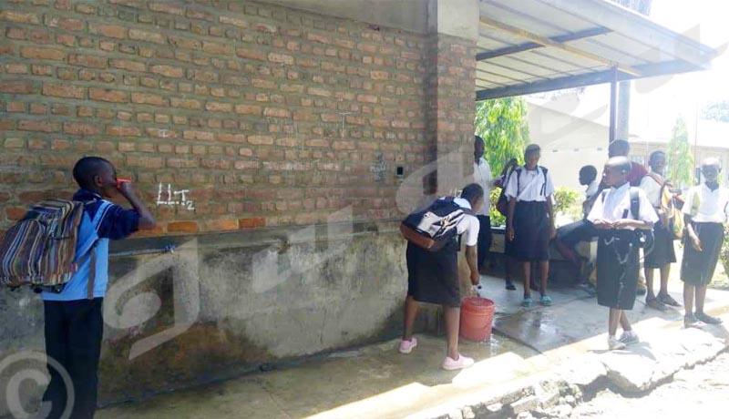 Lycée du Lac Tanganyika : deux lycées, un même établissement!