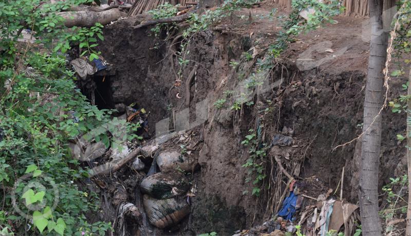 Kinanira : des déchets menacent les ménages.