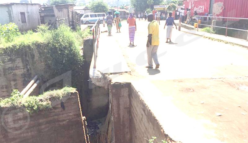 Musaga : une partie du pont sur la rivière Mpimba effondrée