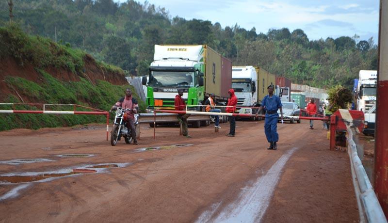 EAC-Covid-19 : les poids lourds transitant par le Rwanda indésirables au Burundi