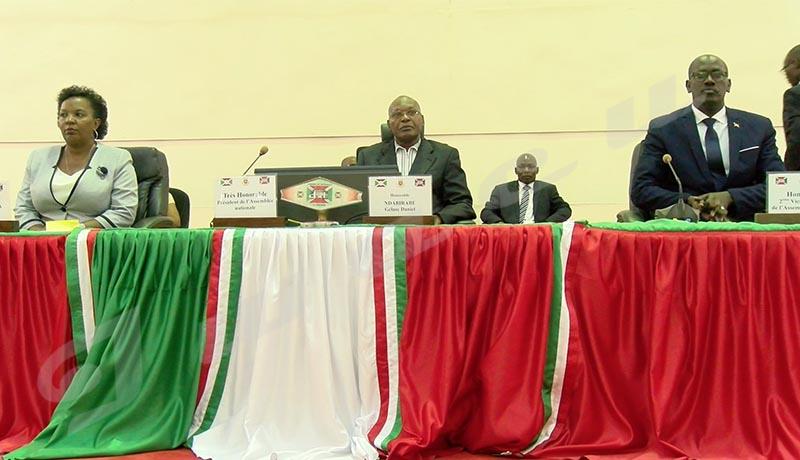 Des membres du bureau de l'Assemblée nationale élus sans la 2ème force politique du pays