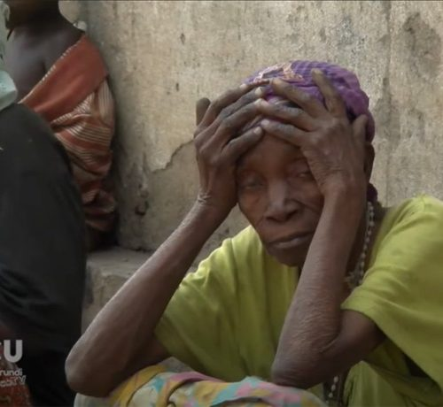 Les déplacés du site des sinistrés de Mubone, dans la zone urbaine de Buterere déplorent de nombreux cas de décès qui s'observent dans ce site. D'après eux, la famine en serait la cause principale.