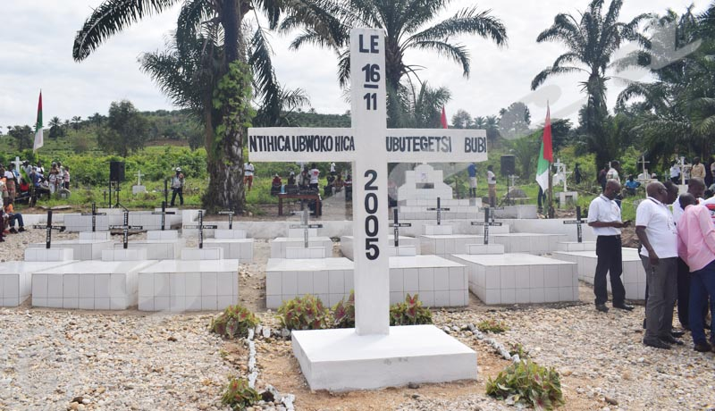 Semaine des héros de la lutte pour la paix et la démocratie : Certains « héros » oubliés