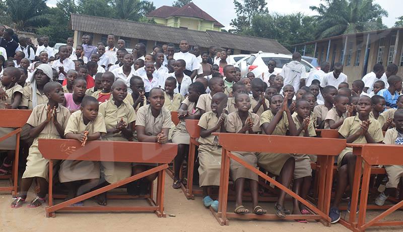 Des bienfaiteurs à la rescousse de l'Ecofo Kinindo