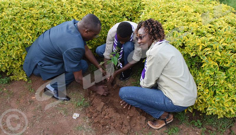 Les jeunes appelés à prendre le devant pour protéger l'environnement
