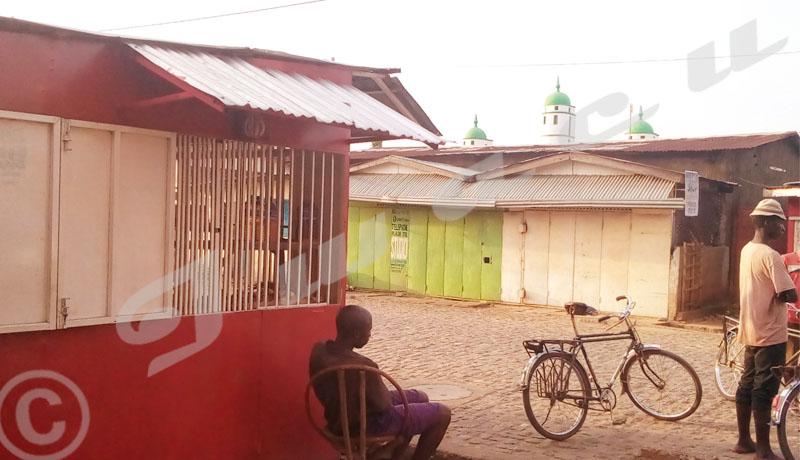 Désespoir des propriétaires des kiosques détruits par la mairie