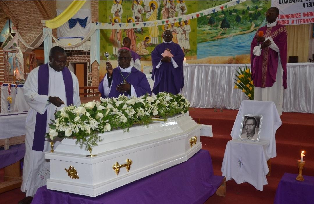 Nécrologie – L'adieu à Emmanuel Micomibi, un notable respecté