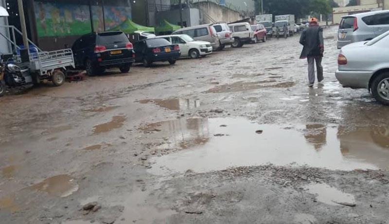 Mukaza : l'avenue de France et l'avenue de Luxembourg en piteux état