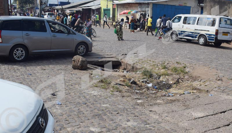 Bwiza: un trou sur la 10ème avenue qui dérange