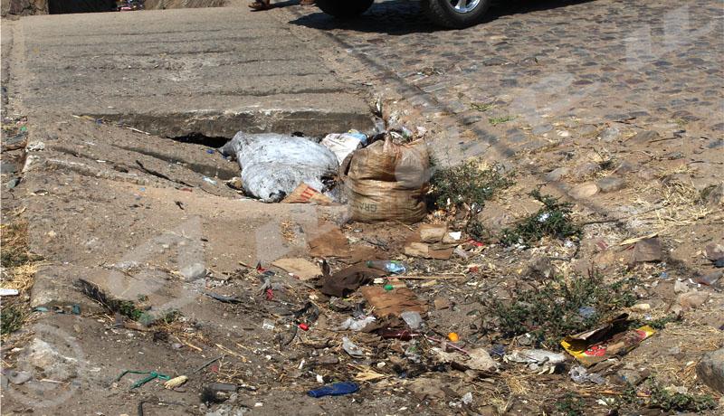 Zone Bwiza : un nid de poule devenu poubelle publique ?