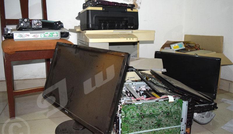 Voyage au cœur des déchets électroniques