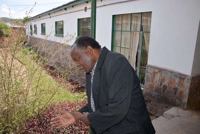 L'abbé Léopold Mvukiye : « Dans le dortoir, nous pataugions dans un lac de sang. » ©Iwacu